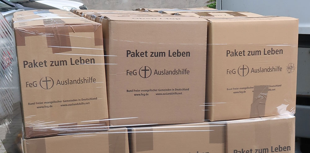 Pakete zum Leben – FeG Auslandshilfe